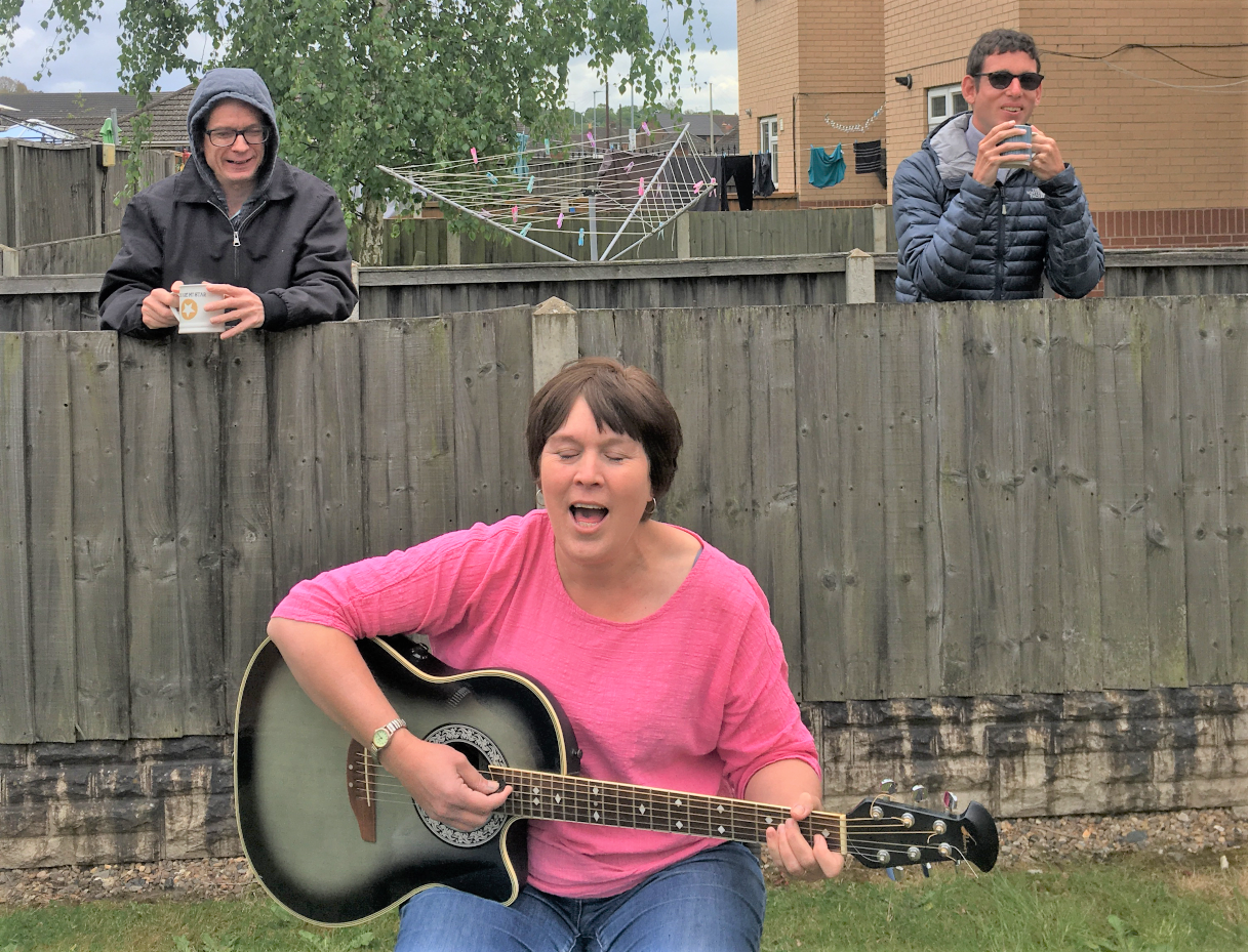 Outdoor music sessions hit the right note with Creative Support's tenants in Scunthorpe