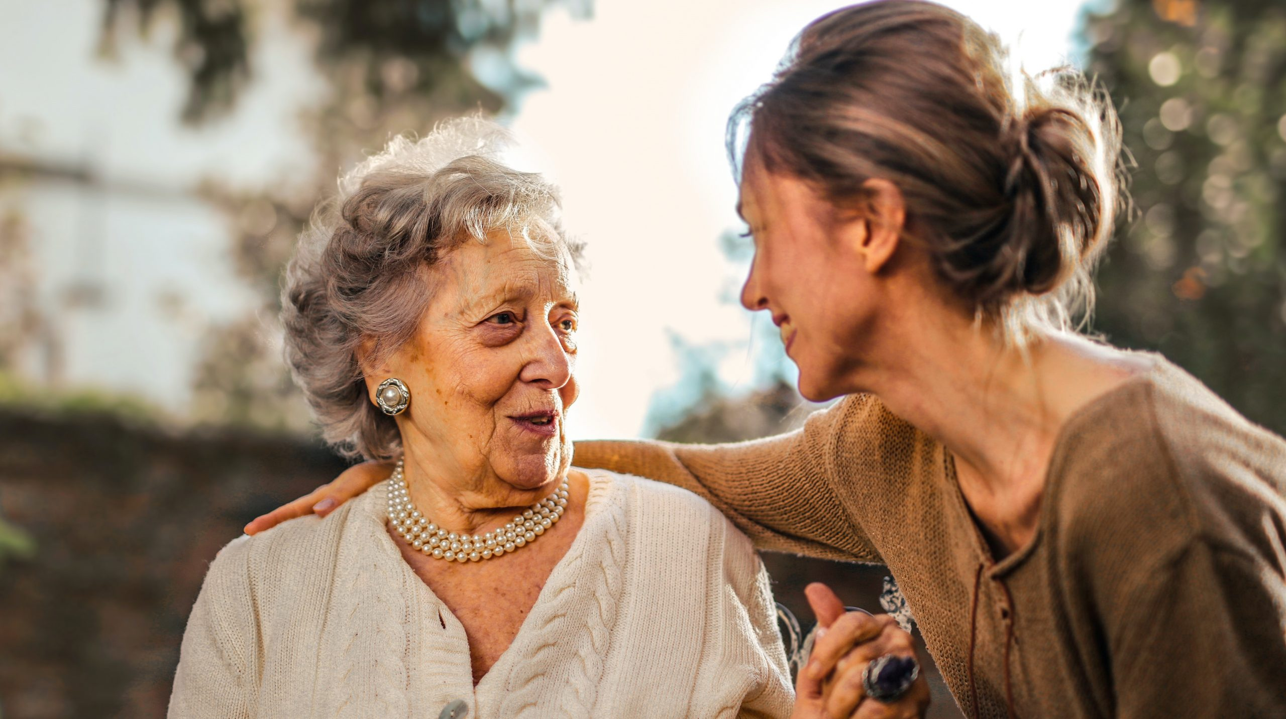 How to Have Dementia-Friendly Conversations